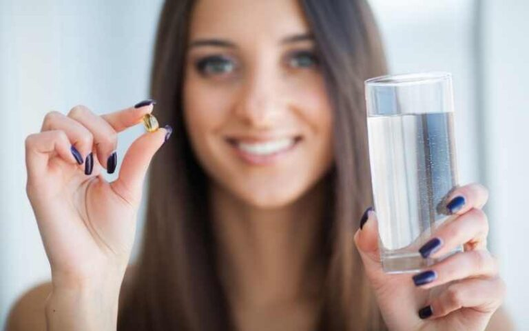 7 Best Vitamins and Supplements For Acne