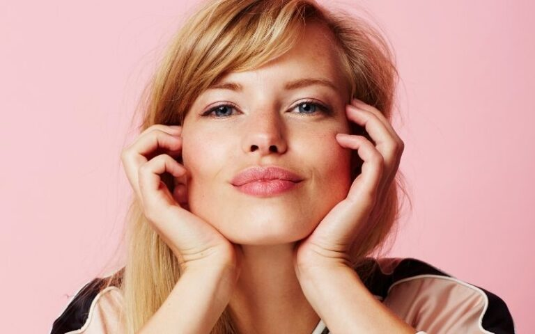How To Look Pretty: 11 Ways To Look Pretty In An Instant